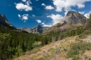 Olhando para Swiftcurrent Pass